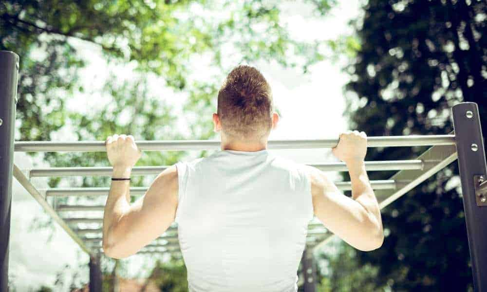 How to Build A Pull Up Bar Outside